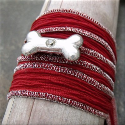 dog bone crystal red fabric wrap bracelet3